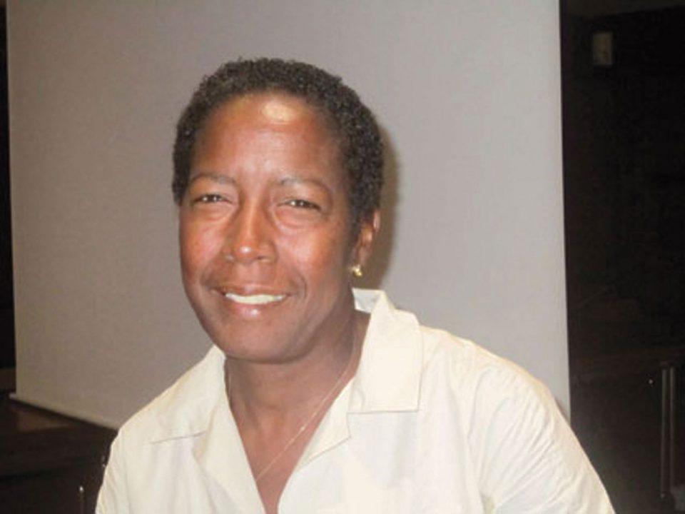 Marie-Claude Derné, Commissaire à la vie des entreprises en Martinique