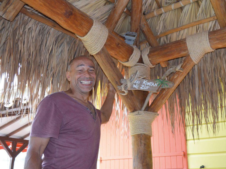 Arawak Art Carbet crée des constructions traditionnelles