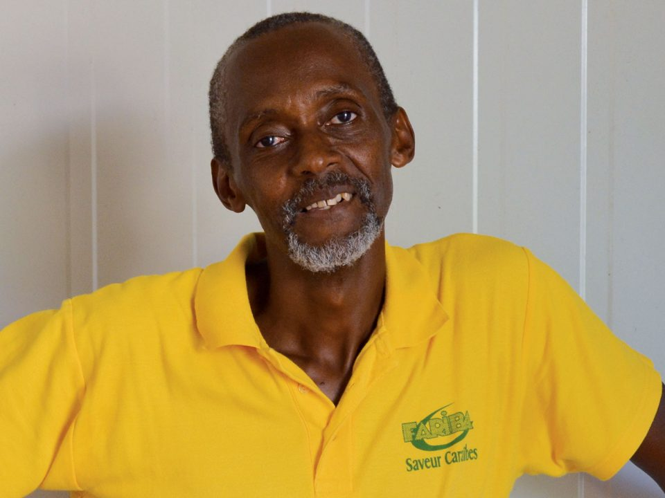 Fariba transforme le manioc en or