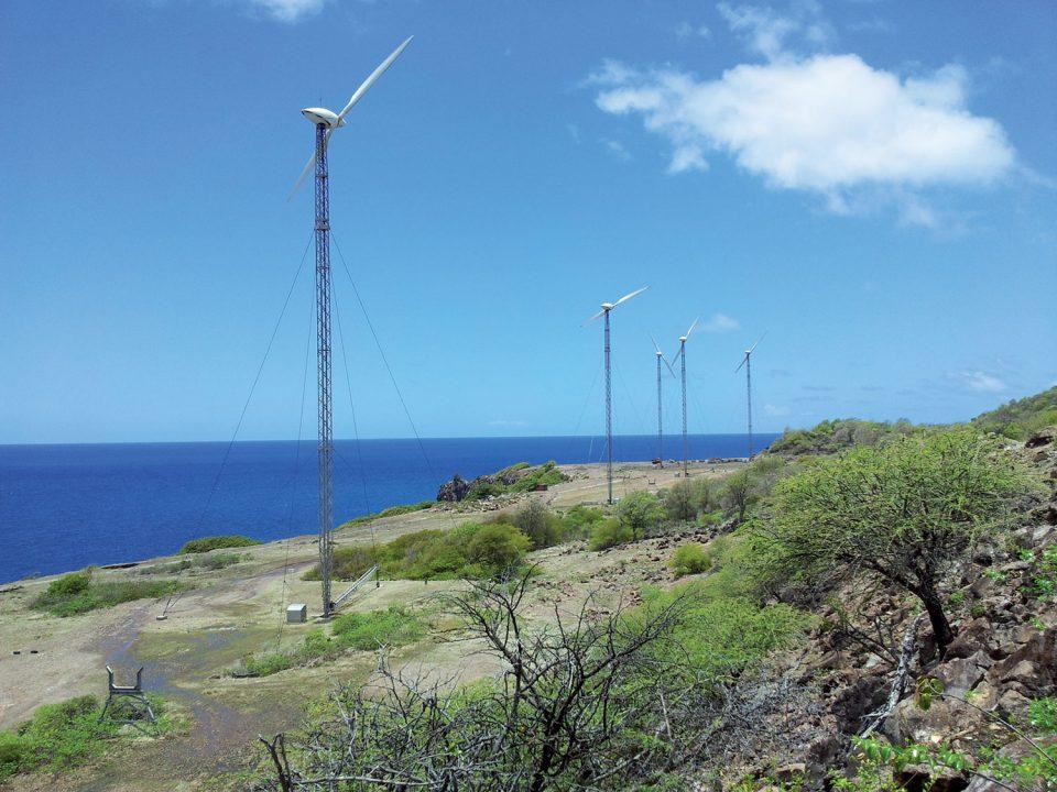 Ferme d'éoliennes: une première avec stockage à Marie-Galante