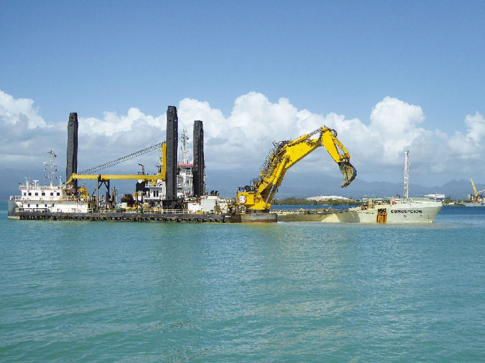 Transport maritime en Guadeloupe : commencer les travaux de dragage