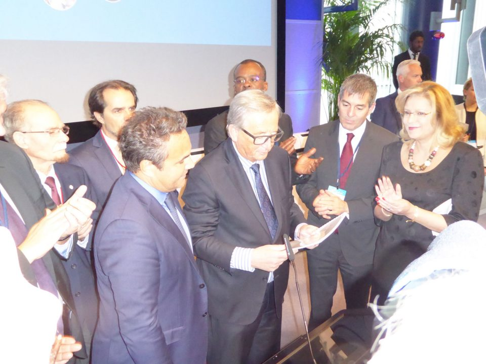 Les présidents des RUP remettent un Mémorandum à Jean-Claude Yuncker