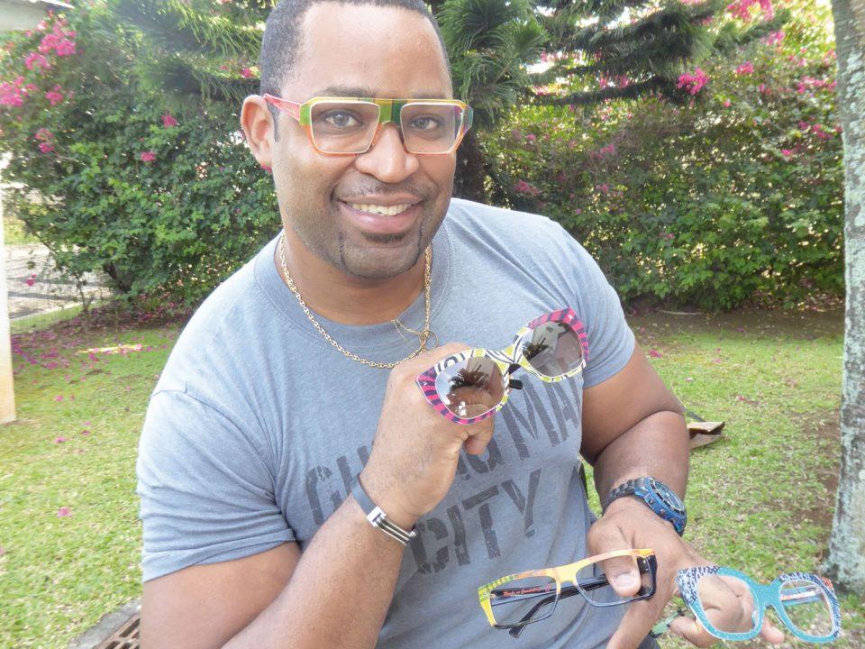 Lunetterie :Bellatrix crée des montures sur mesure en Guadeloupe pour le monde.