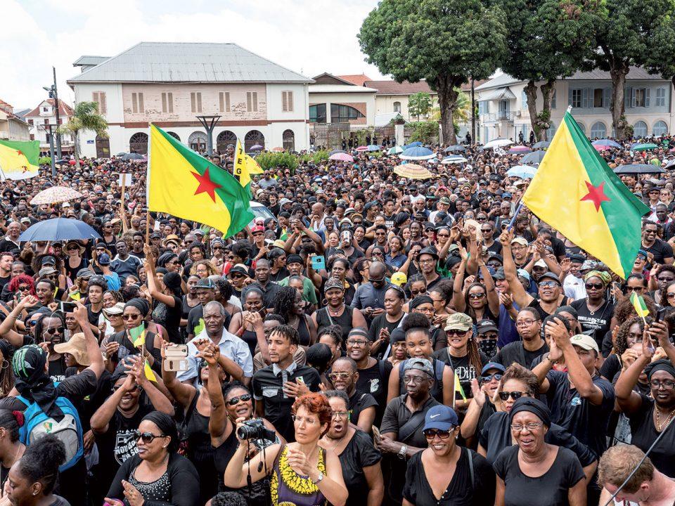 Guyane : maintenant, repartir !