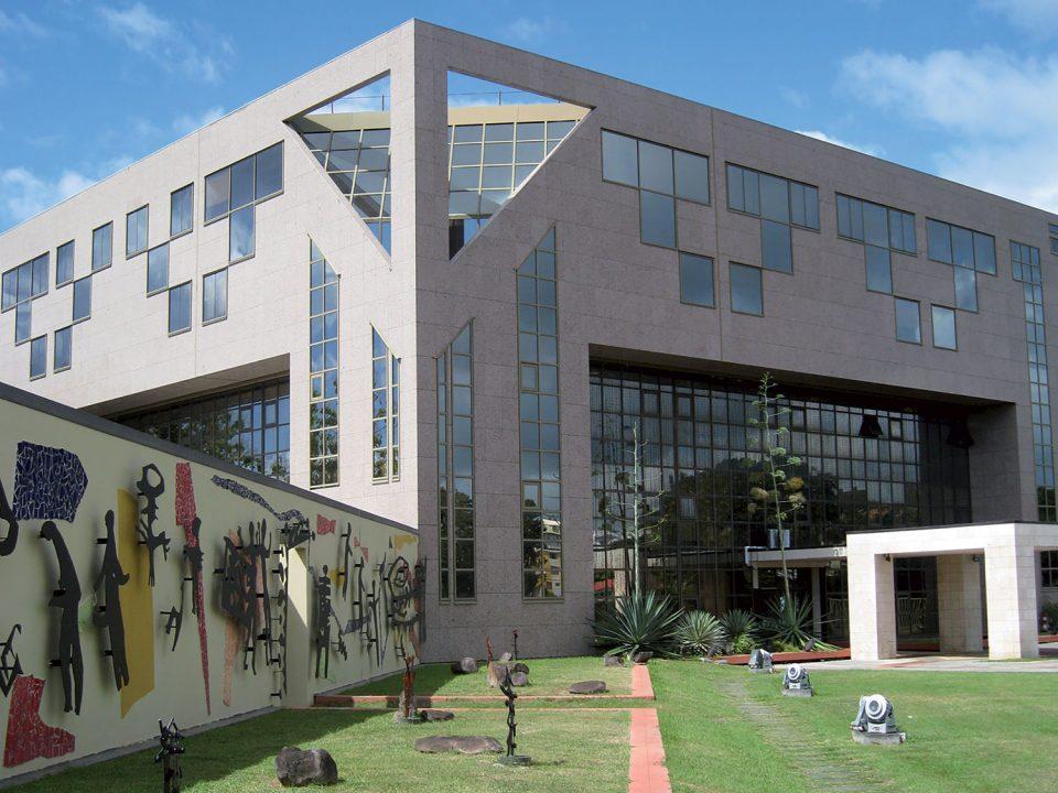Investissement : la Collectivité Territoriale de Martinique  présente son plan