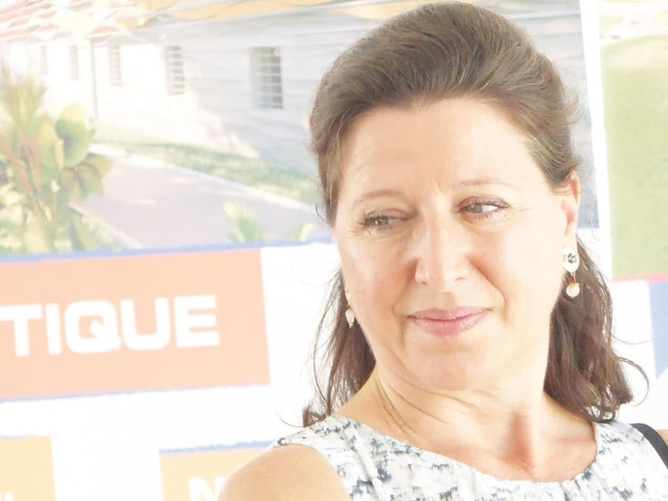 """Agnès Buzyn : """"Être une tête de pont dela médecine française dans le Caraïbe"""""""