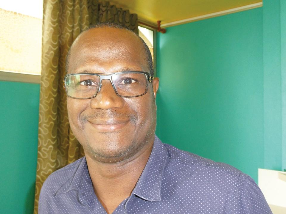 """Philippe Pelonde, directeur du Groupement de défense sanitaire de la Martinique* : """"Changer les pratiques"""""""