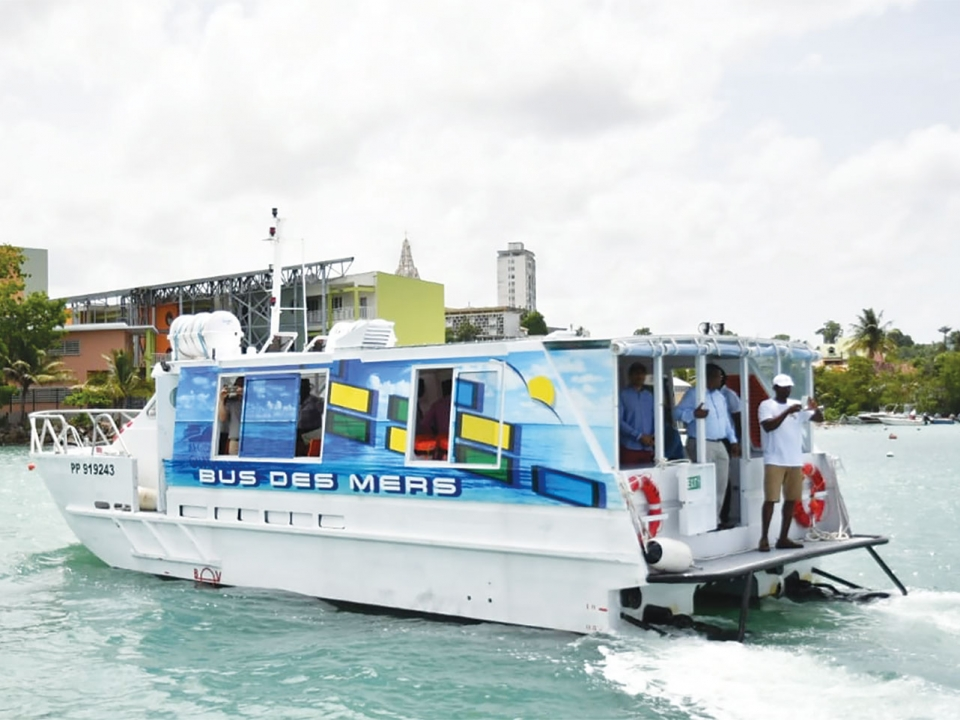 Transport de passagers en Guadeloupe : bus des mers, un transport alternatif