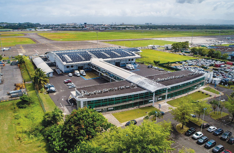 Guadeloupe pôle caraïbe : une centrale photovoltaïque sur le bâtiment fret
